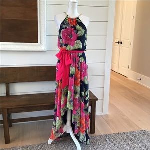 Eliza J floral chiffon maxi dress size 6 EUC